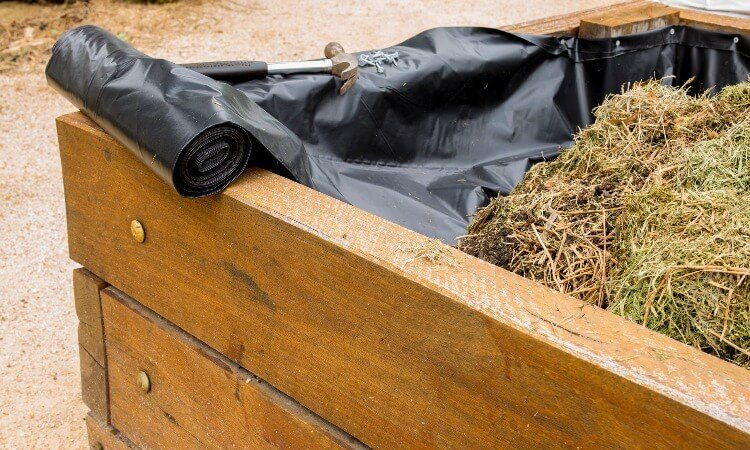 The 7 Best Liners for Raised Garden Beds